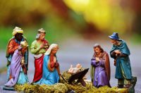 christmas-crib-figures-1060017_1280.jpg